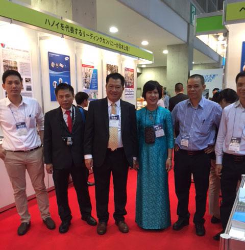 Các doanh nghiệp Việt tham dự triển lãm
